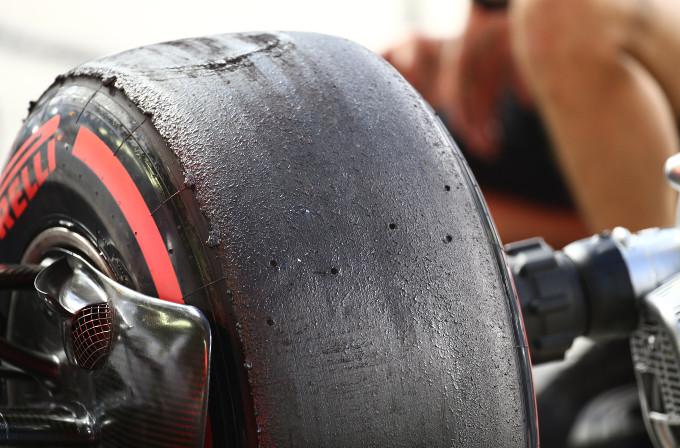 """Pirelli, Paul Hembery: """"Ci aspettiamo due soste per la gran parte dei piloti"""""""