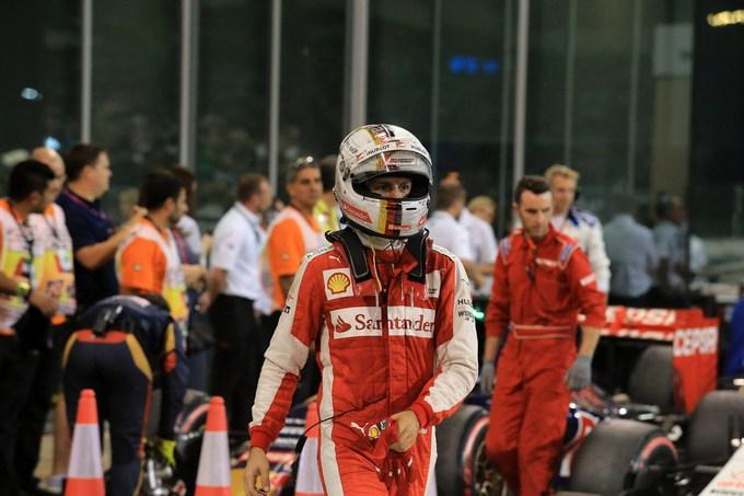 """Vettel: """"Nel 2015 la Ferrari ha fatto miracoli"""""""