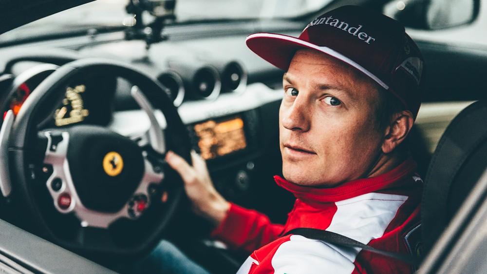 Raikkonen in pista ad Helsinki con una Ferrarri FF