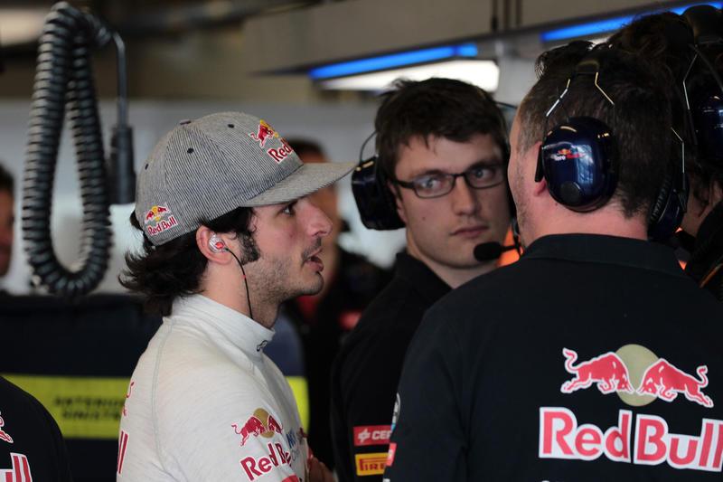 """Toro Rosso, Sainz: """"Il motore Ferrari ci darà una grossa mano"""""""