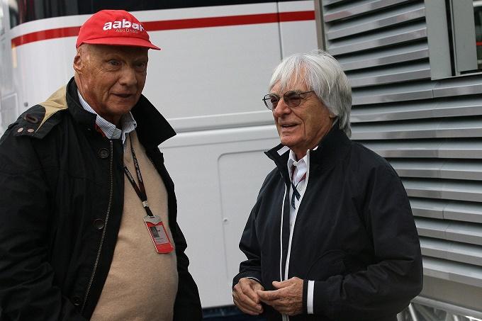 """Bernie Ecclestone lancia l'allarme: """"Il dominio della Mercedes non è un bene per la F1"""""""