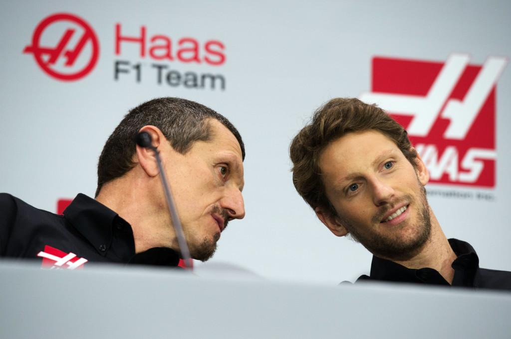 """Haas, Steiner: """"Non abbiamo mai detto di poter battere la Ferrari"""""""
