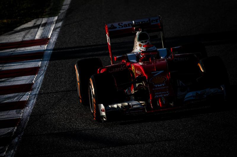 Test F1 Barcellona, giorno 4: Raikkonen svetta al mattino