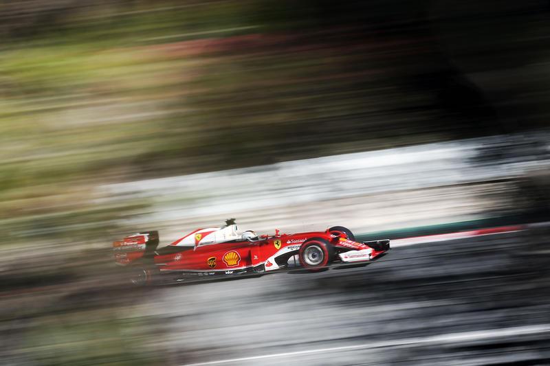 Test F1 Barcellona, giorno 2: Ferrari sempre al comando