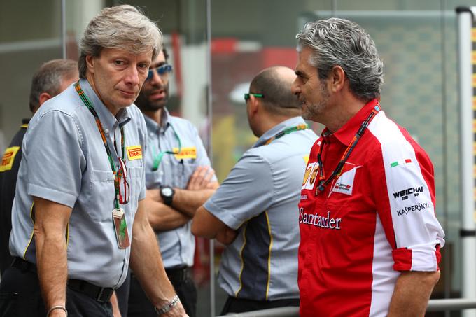 Roberto Boccafogli introduce le novità Pirelli del 2016