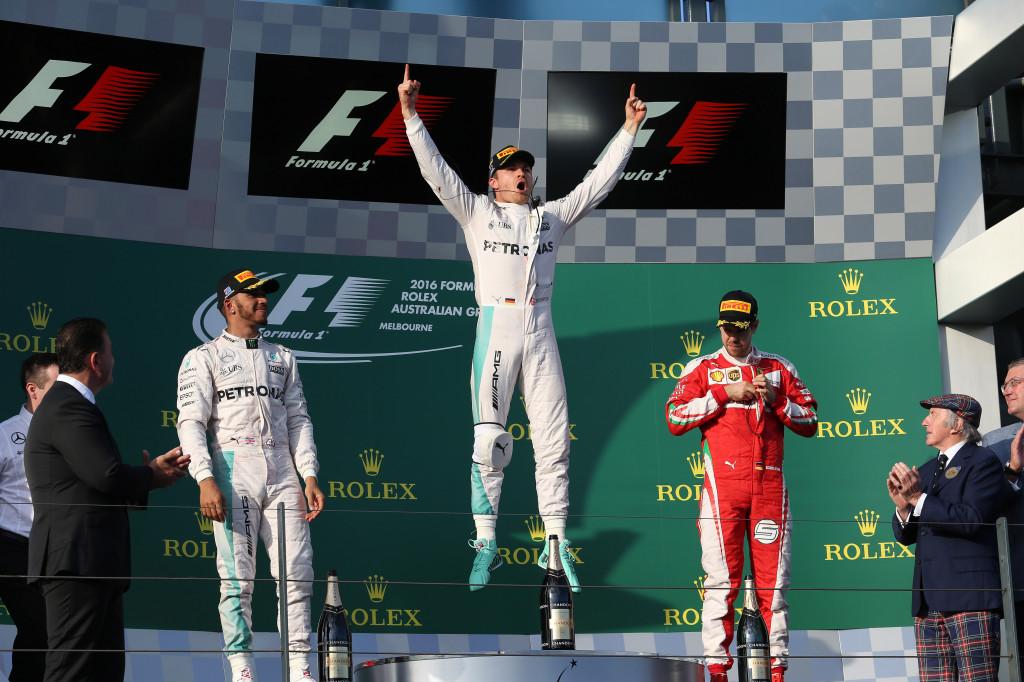 """GP Australia – Rosberg  trionfo da opportunista, Hamilton distratto e Ferrari """"più veloce di se stessa""""…"""