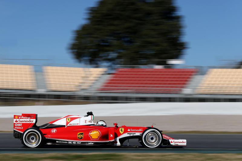Test F1 Barcellona 2, giorno 4: mattinata in rosso, Vettel al comando