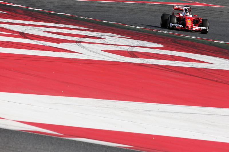 Test F1 Barcellona 2, giorno 4: Vettel è il leader