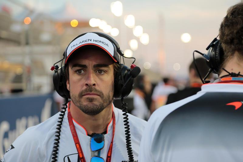 """McLaren, Alonso ottimista: """"La squadra cresce, vogliamo il podio"""""""