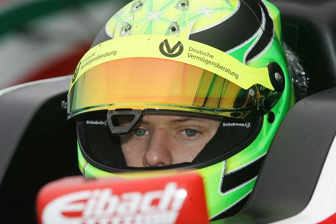 """Mick Schumacher, Sabine Kehm: """"Prematuro parlare di F1"""""""