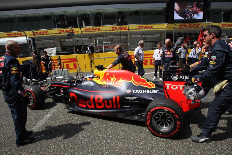 """Red Bull, Chris Horner: """"Possiamo dare fastidio a Mercedes e Ferrari"""""""