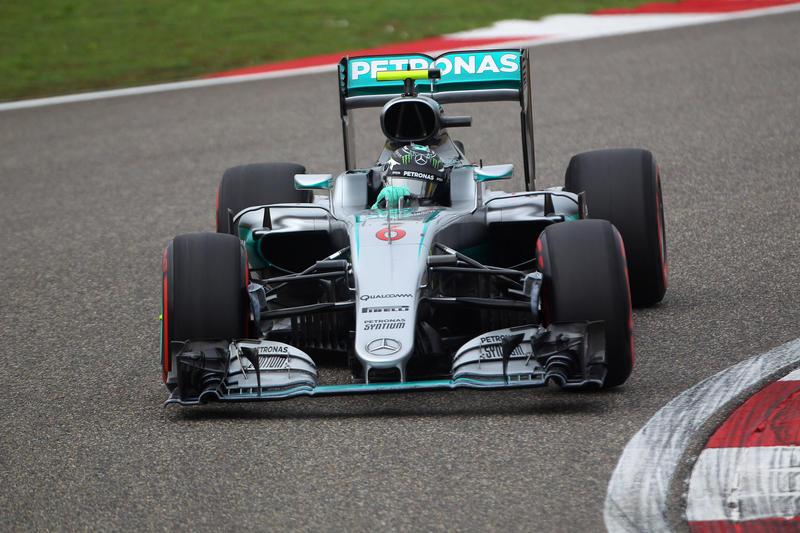 F1 GP Cina, Qualifiche: zampata di Rosberg sulle Ferrari, la pole è del tedesco