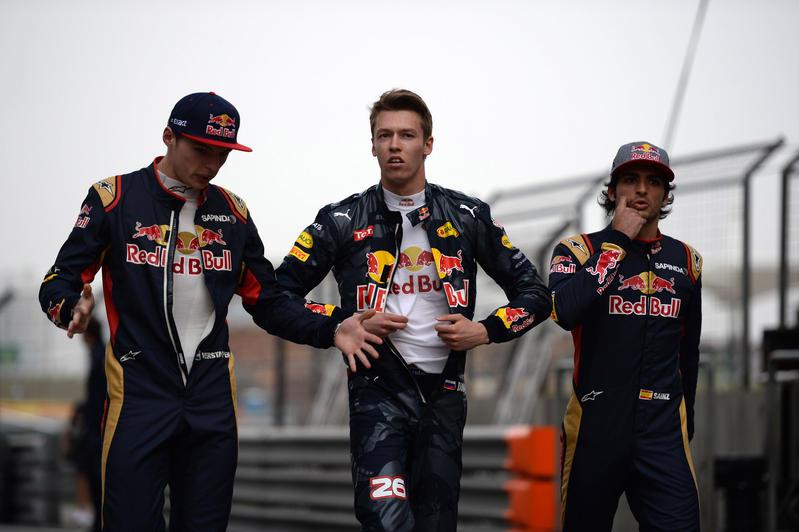 Clamoroso: Red Bull starebbe pensando ad uno scambio immediato tra Verstappen e Kvyat