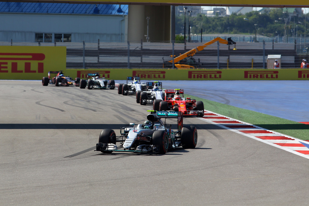GP Russia – Mercedes irride i rivali, per la Ferrari un podio malinconico