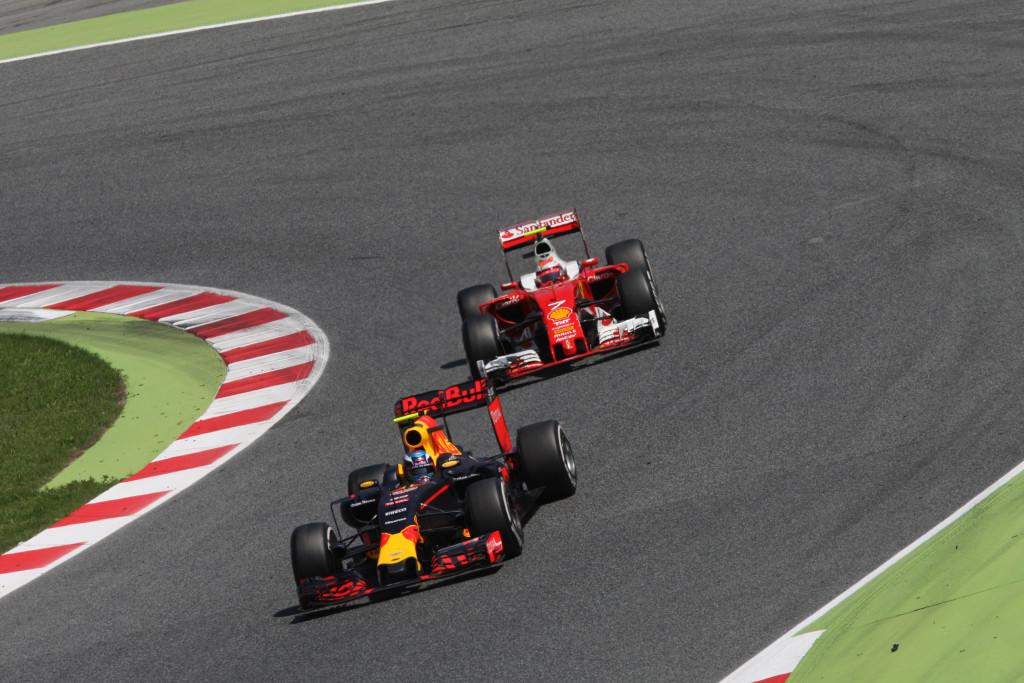 """GP Spagna – Red Bull """"lancia"""" Verstappen, la Ferrari può consolarsi con il """"bollito"""" Raikkonen"""