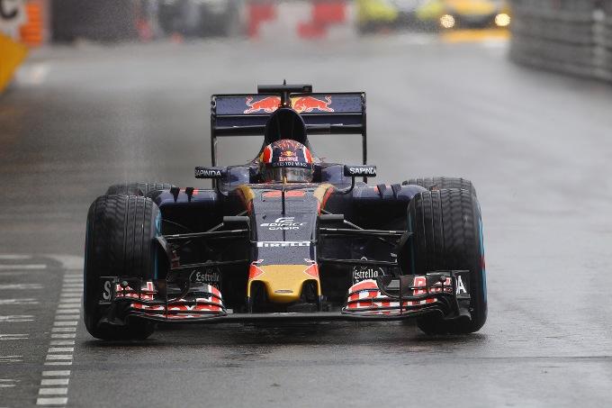 Toro Rosso, Kvyat penalizzato di tre posizioni in griglia al GP Canada