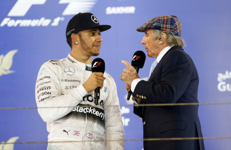 """Jackie Stewart critica Lewis Hamilton dopo l'incidente di Barcellona: """"Non può attaccare il suo compagno di scuderia in quel modo"""""""