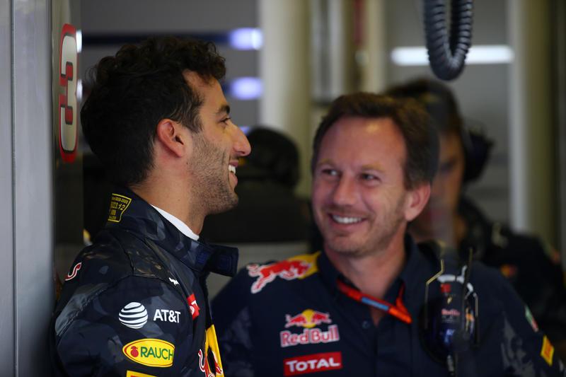 "Red Bull, Horner: ""Il motore Renault ha 47 cv in meno del Mercedes"""