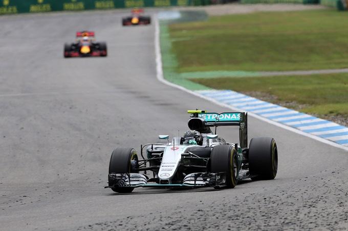 """Mercedes, Rosberg: """"Oggi è andato tutto storto"""""""