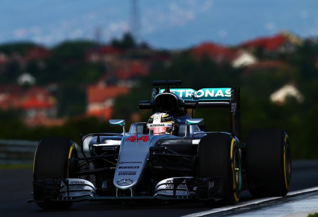 F1 GP Ungheria, Prove Libere 1: Hamilton, buona la prima