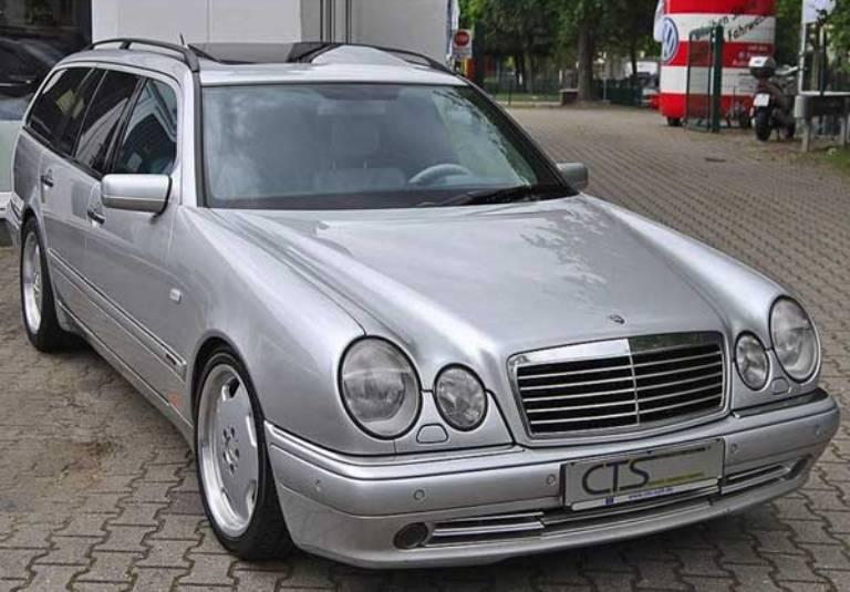 La Mercedes di Schumacher in vendita per 133 mila dollari