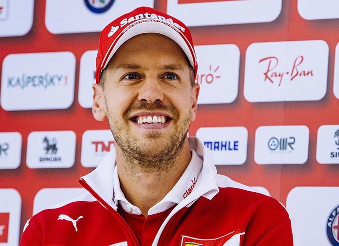 """Sebastian Vettel: """"Non serve guardare indietro"""""""