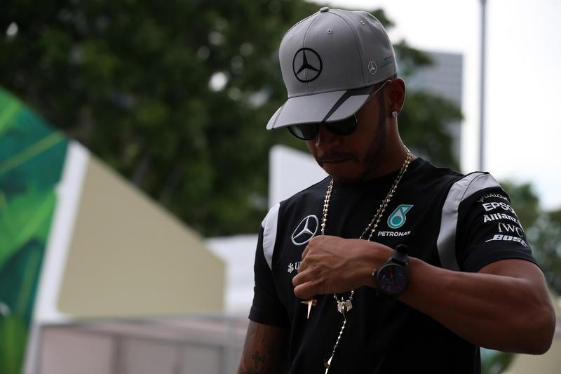 """Lewis Hamilton: """"Non sono riuscito a mettere a segno nemmeno un giro come si deve"""""""