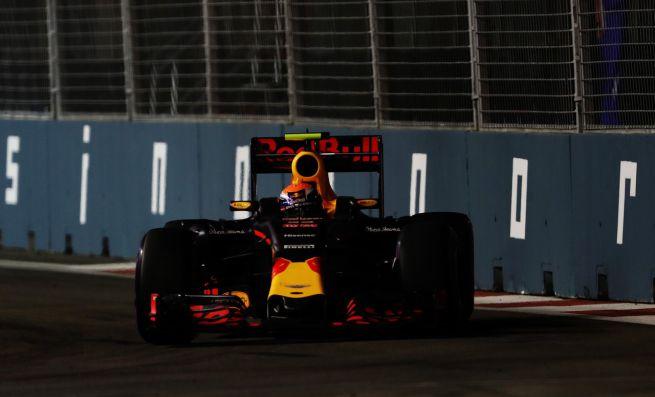 """Red Bull, Verstappen: """"Ottimo passo con le super soft"""""""