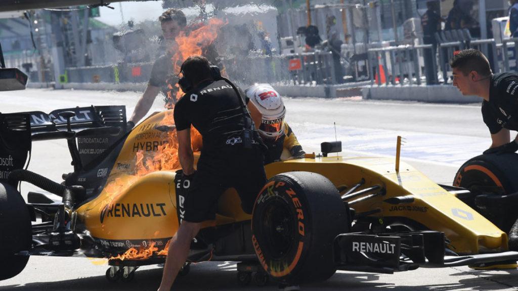 "Renault, Magnussen: ""Importante capire se l'Halo aiuta in caso di incendio"""