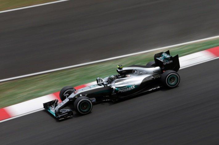 F1 GP Giappone, Prove Libere 1: Mercedes davanti con Rosberg