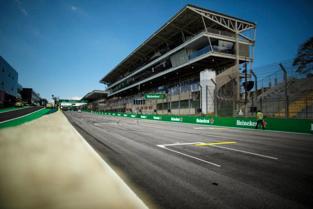 """Pirelli, Hembery: """"La bassa temperatura della pista ha influenzato le prestazioni"""""""