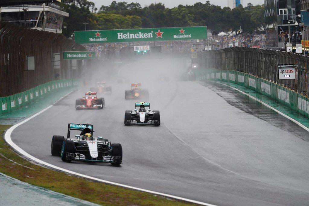 """Pirelli, Hembery: """"Spettacolo fantastico in condizioni veramente estreme"""""""