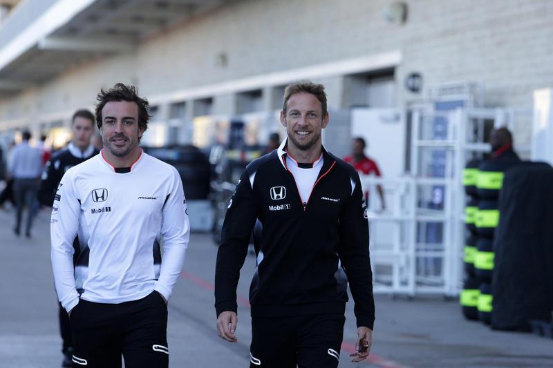 "McLaren, Zak Brown: ""Ammiro molto Alonso, è un pilota incredibile"""