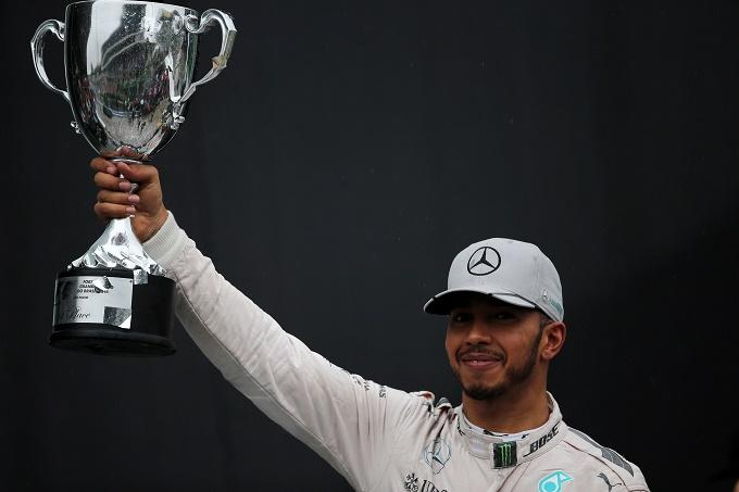 """Mercedes, Hamilton: """"Il finale di stagione sembra scontato, ma può accadere di tutto"""""""