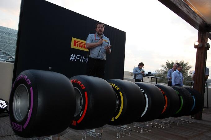 Pirelli mostra ad Abu Dhabi l'intera gamma di pneumatici più larghi per il 2017