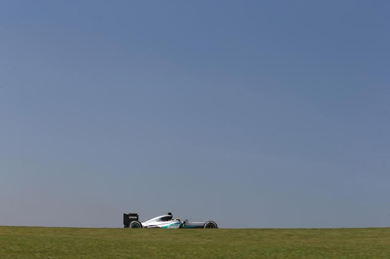 F1 GP Brasile, Qualifiche: Sessantesima pole position per Lewis Hamilton