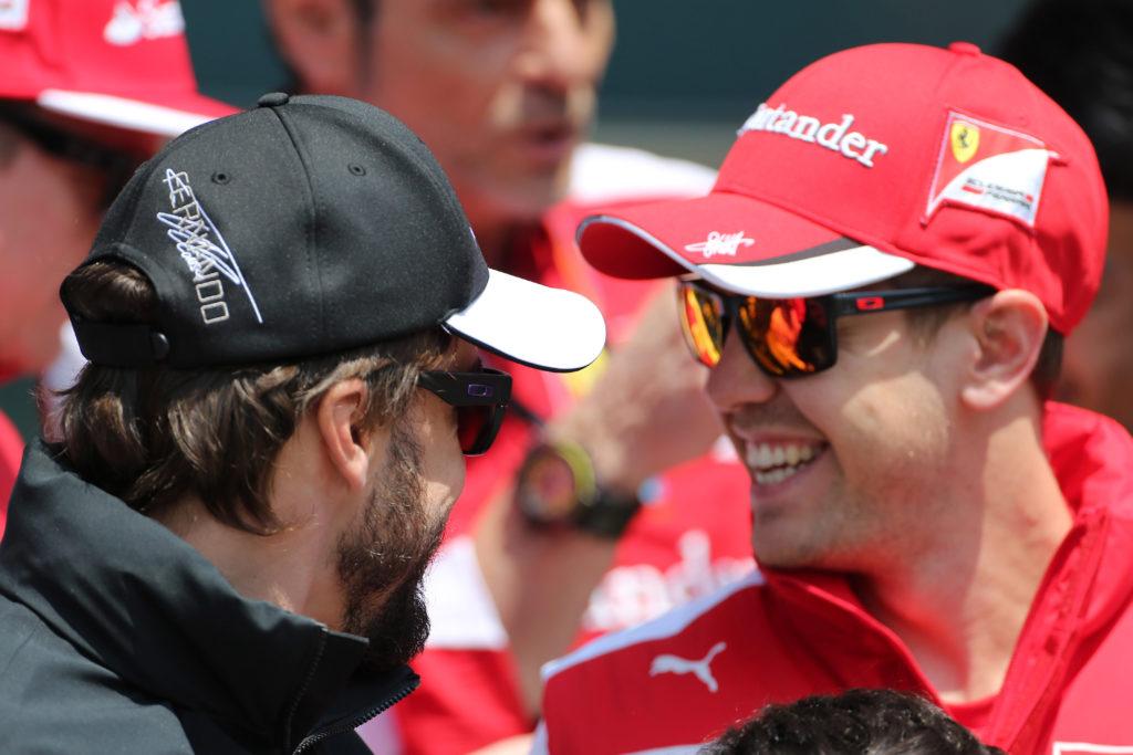 """L'ex pilota Marc Surer: """"Alonso è veloce con qualsiasi macchina, Vettel solo se si adatta"""""""