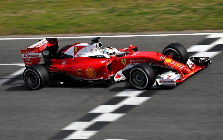 F1 | Ferrari valuta un nuovo cambio di livrea per il 2017