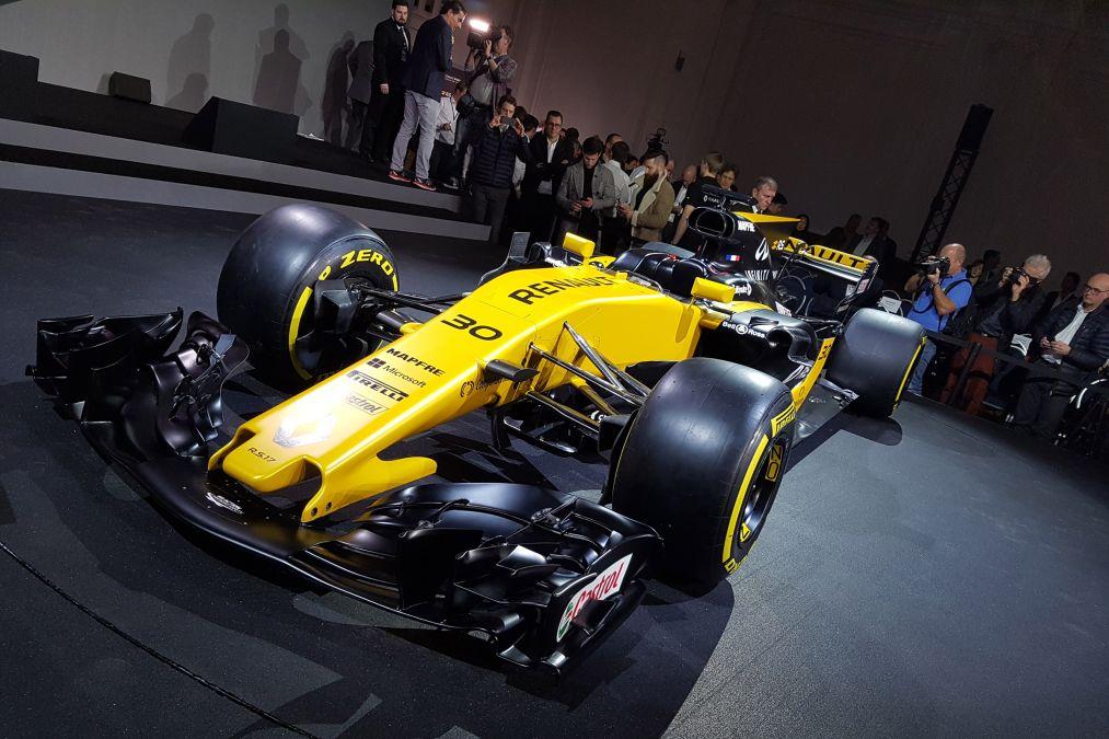 """F1   Renault, Stoll: """"La R.S.17 è la prima monoposto integralmente progettata da Enstone e Viry"""""""