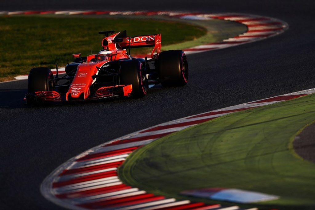 F1 | McLaren, Vandoorne bloccato da problemi elettrici