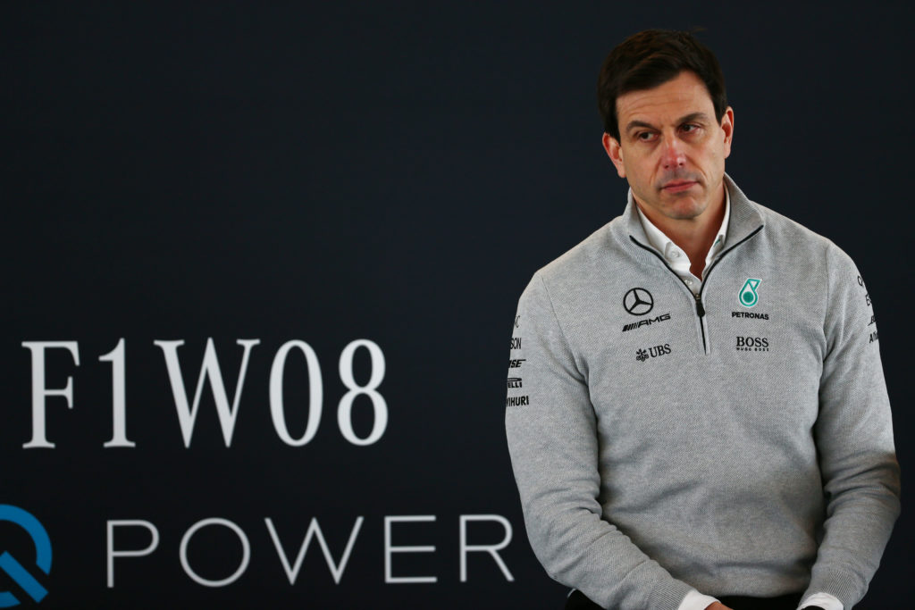 """F1   Wolff: """"Il sorpasso è un problema della nuova Formula 1"""""""