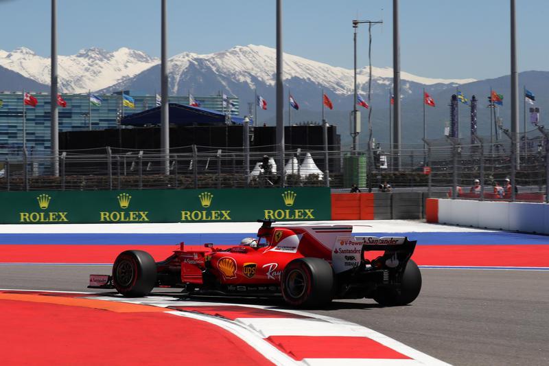 F1 GP Russia, Prove Libere 2: Venerdì in Rosso, con Vettel davanti a Raikkonen