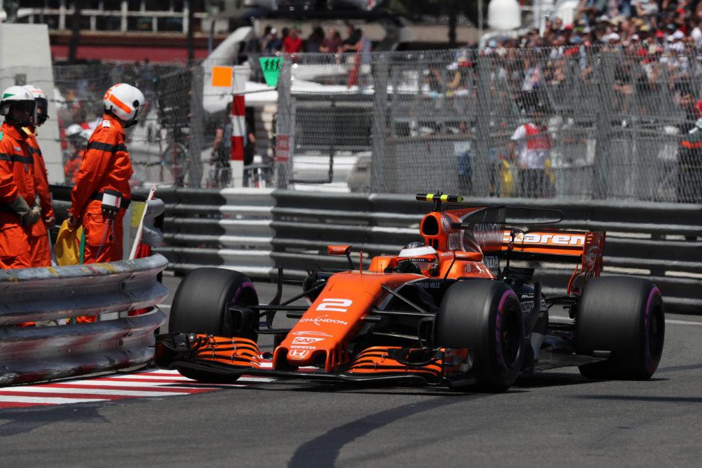 "F1   McLaren, Vandoorne: ""Contatto davvero stupido"""