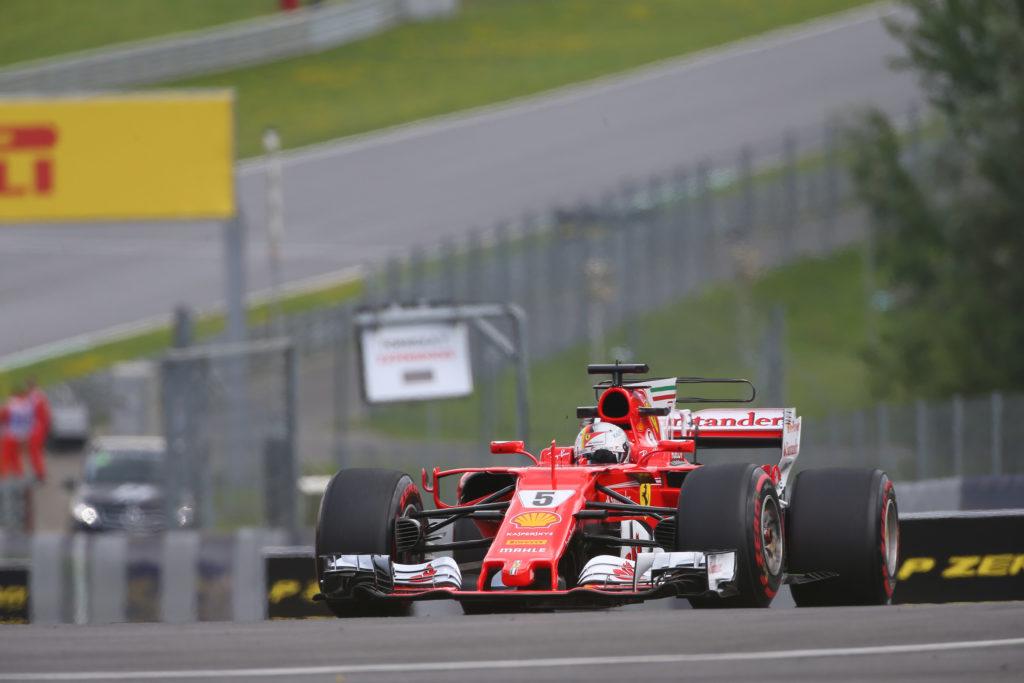 F1 GP Austria, Prove Libere 3: Vettel conquista la leadership, Hamilton in difficoltà