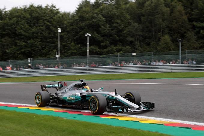 F1 | Pirelli, giro più veloce di sempre a Spa nelle qualifiche con ultrasoft