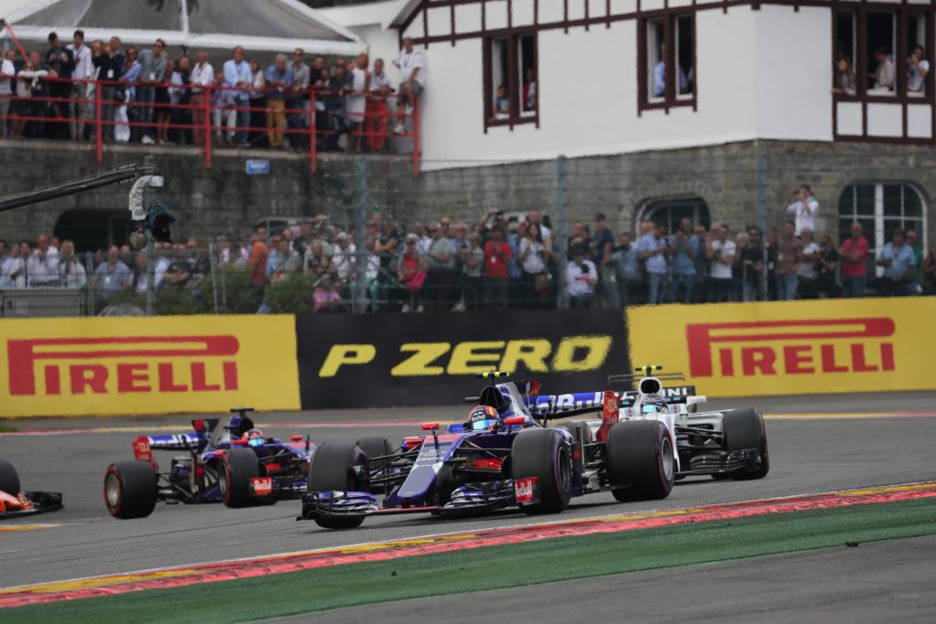 "F1   Toro Rosso, Sainz: ""Gara divertente e piena di battaglie"""