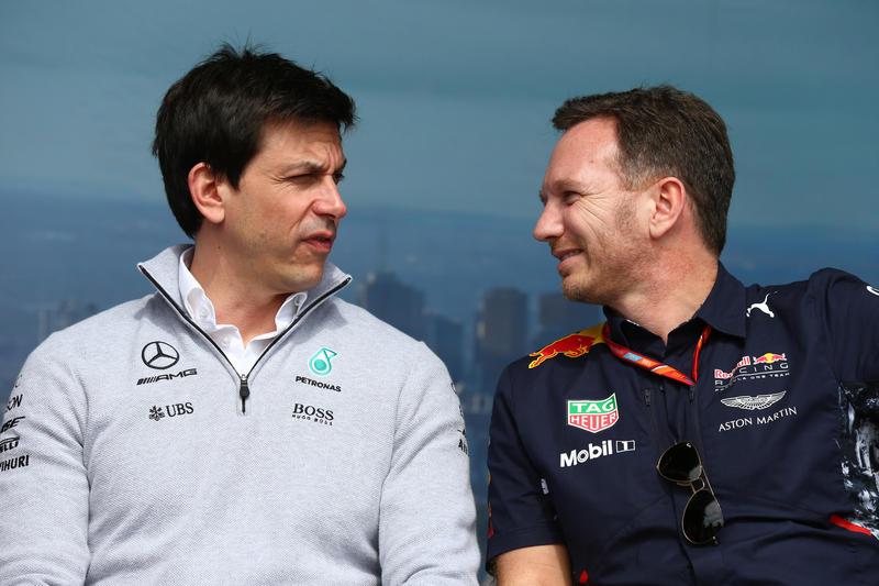 "F1 | Horner: ""La Mercedes dovrebbe stabilire delle gerarchie"""