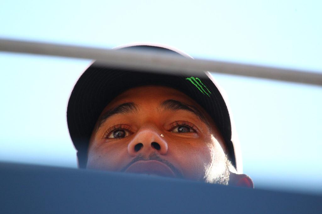 F1   Mercedes, Hamilton in pista per i test Pirelli al Ricard