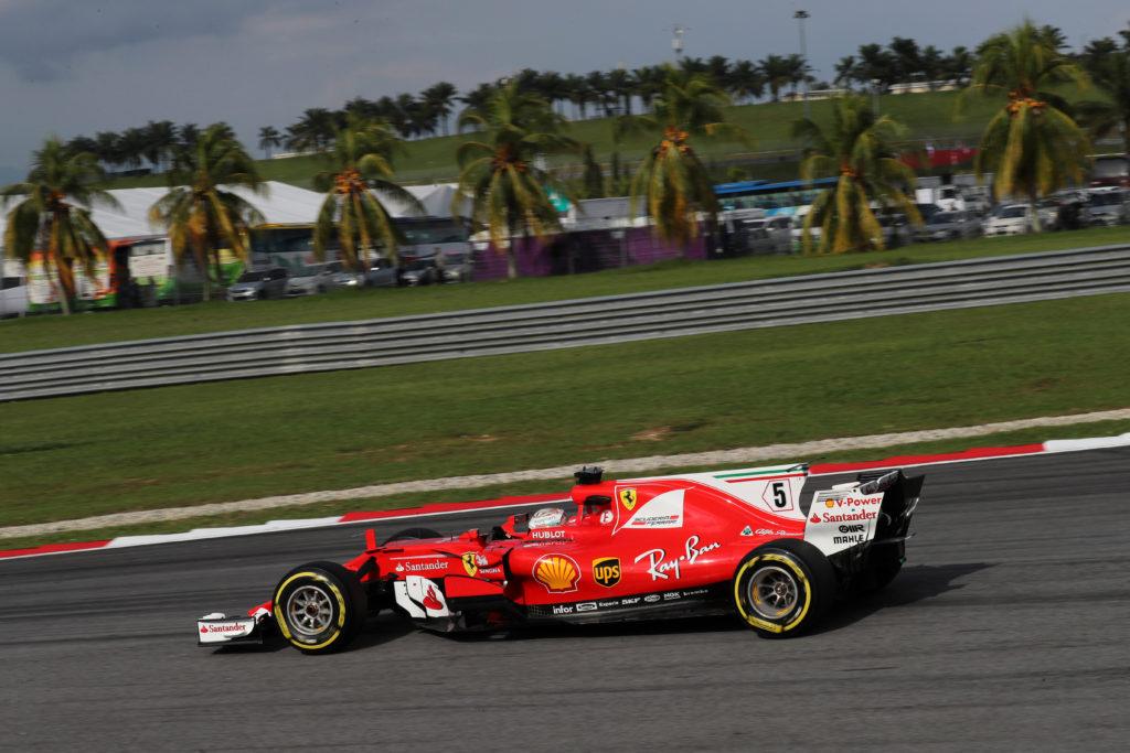 Formula 1 | Vettel KO a Sepang: tedesco tradito da un errato montaggio della power unit