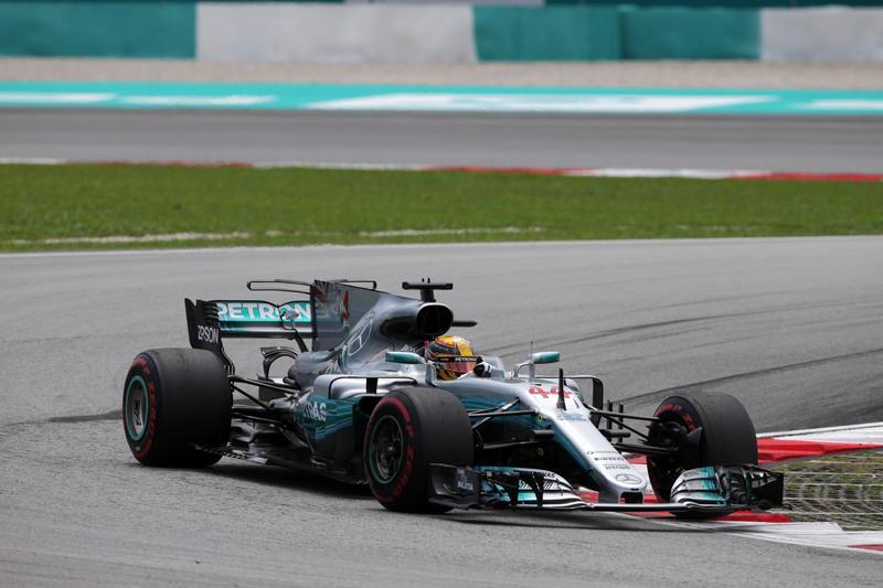 F1 GP Malesia, Qualifiche: Pole di Hamilton, in prima fila con Raikkonen